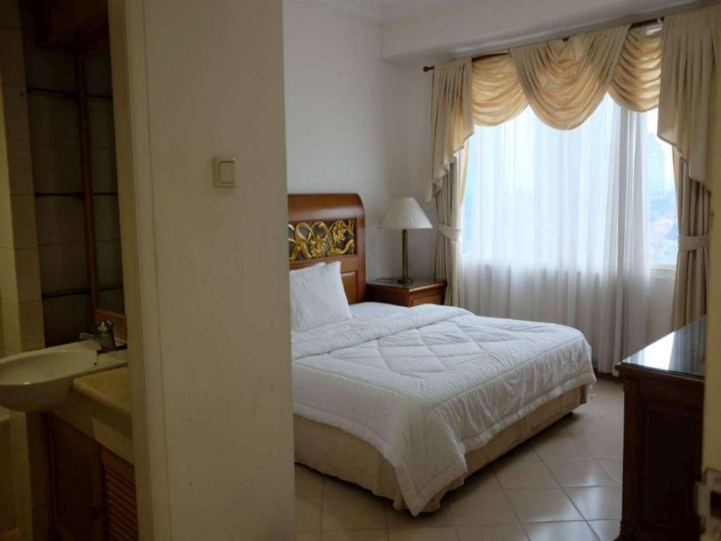 See all 13 photos 3 BR Unit 2 Apartment Batavia Benhill - Fatmawati