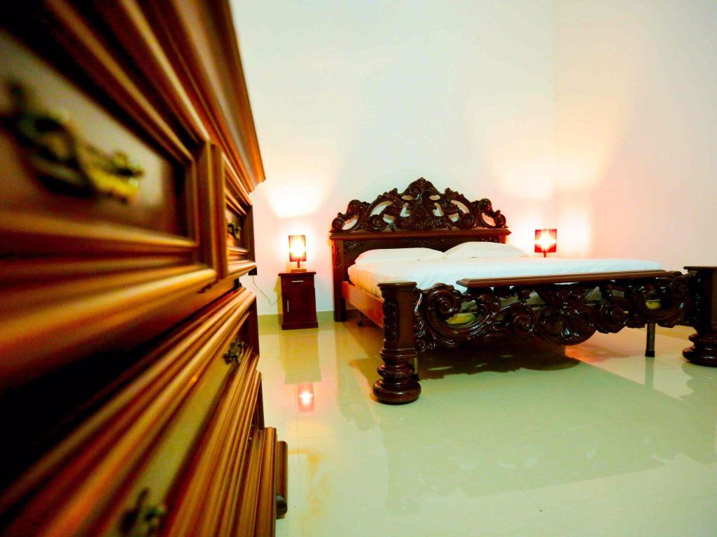 Double Room Air Conditioning - Aerial view Kandy Grand Hill