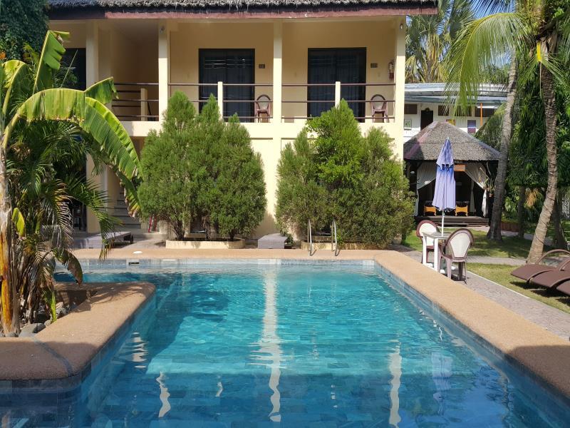 Best Price on La Laguna Beach Club Dive Center in Puerto Galera