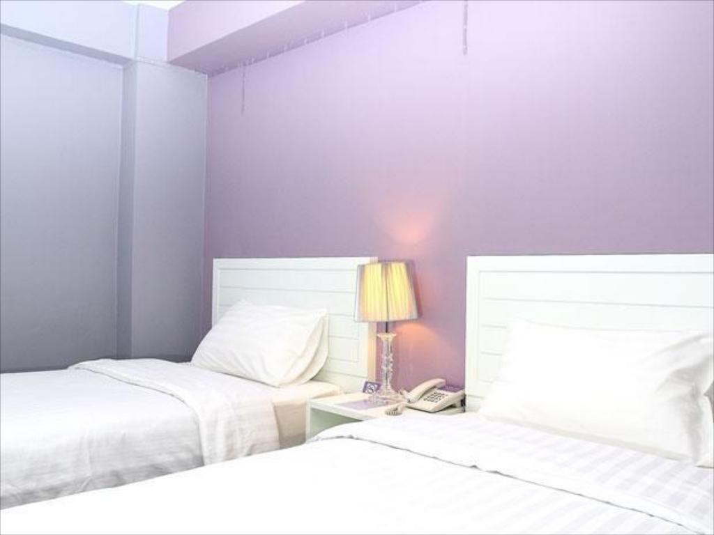 Deluxe Twin Room with Round Trip Airport Transfer Lilac Relax Residence