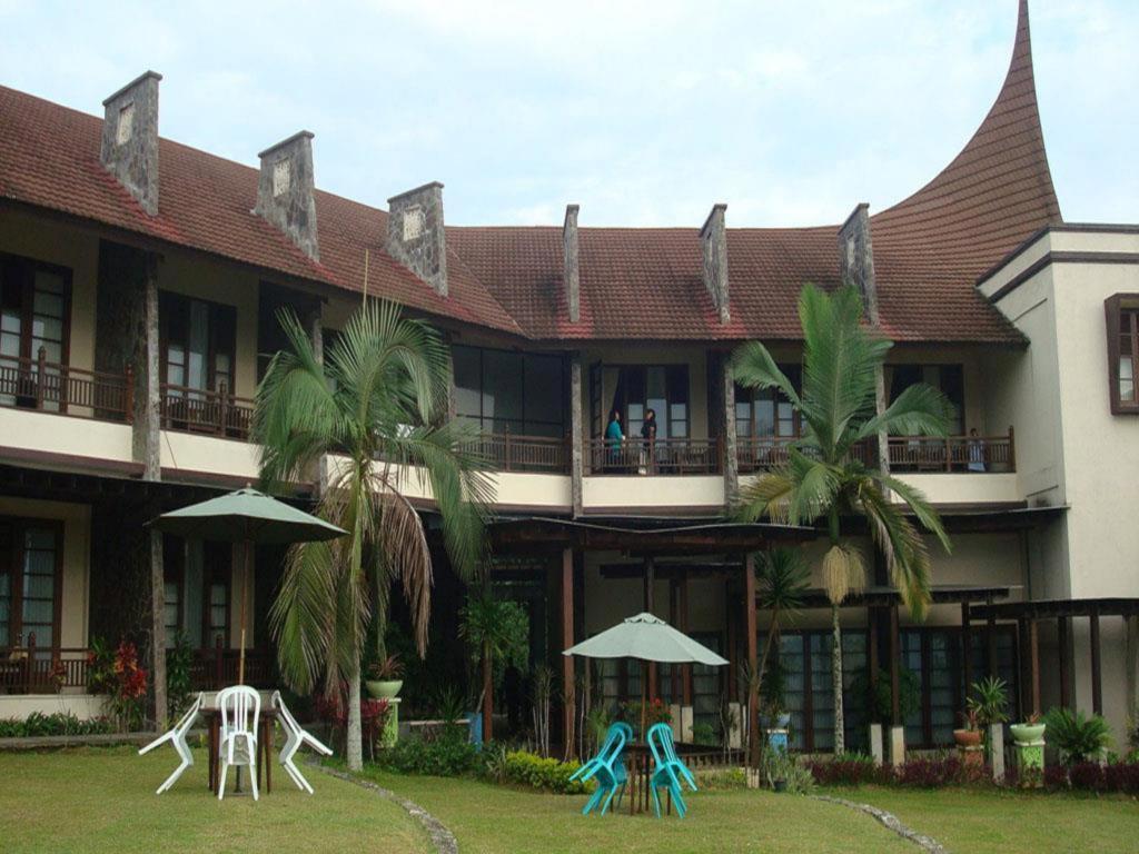 Das Campago Resort Hotel In Bukittinggi Buchen