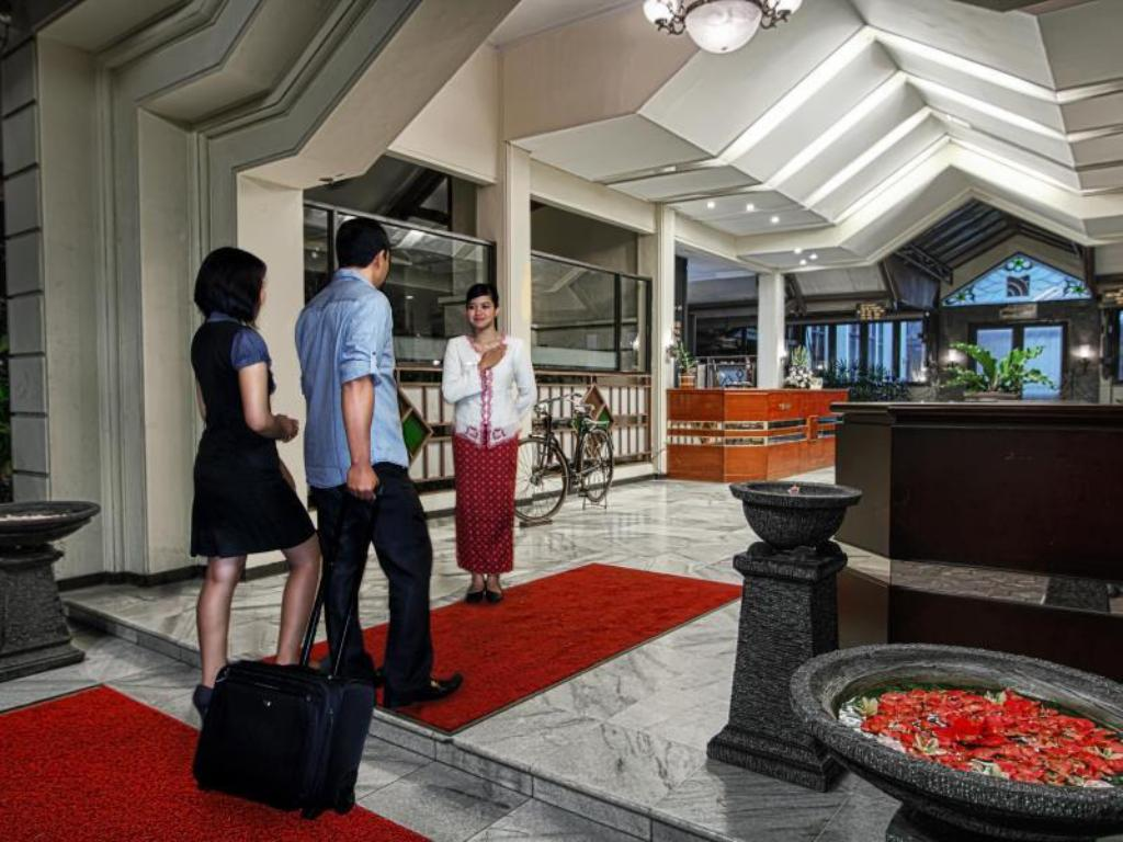 See all 27 photos Sahid Montana Dua Hotel