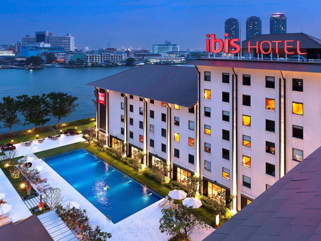 More about Ibis Bangkok Riverside
