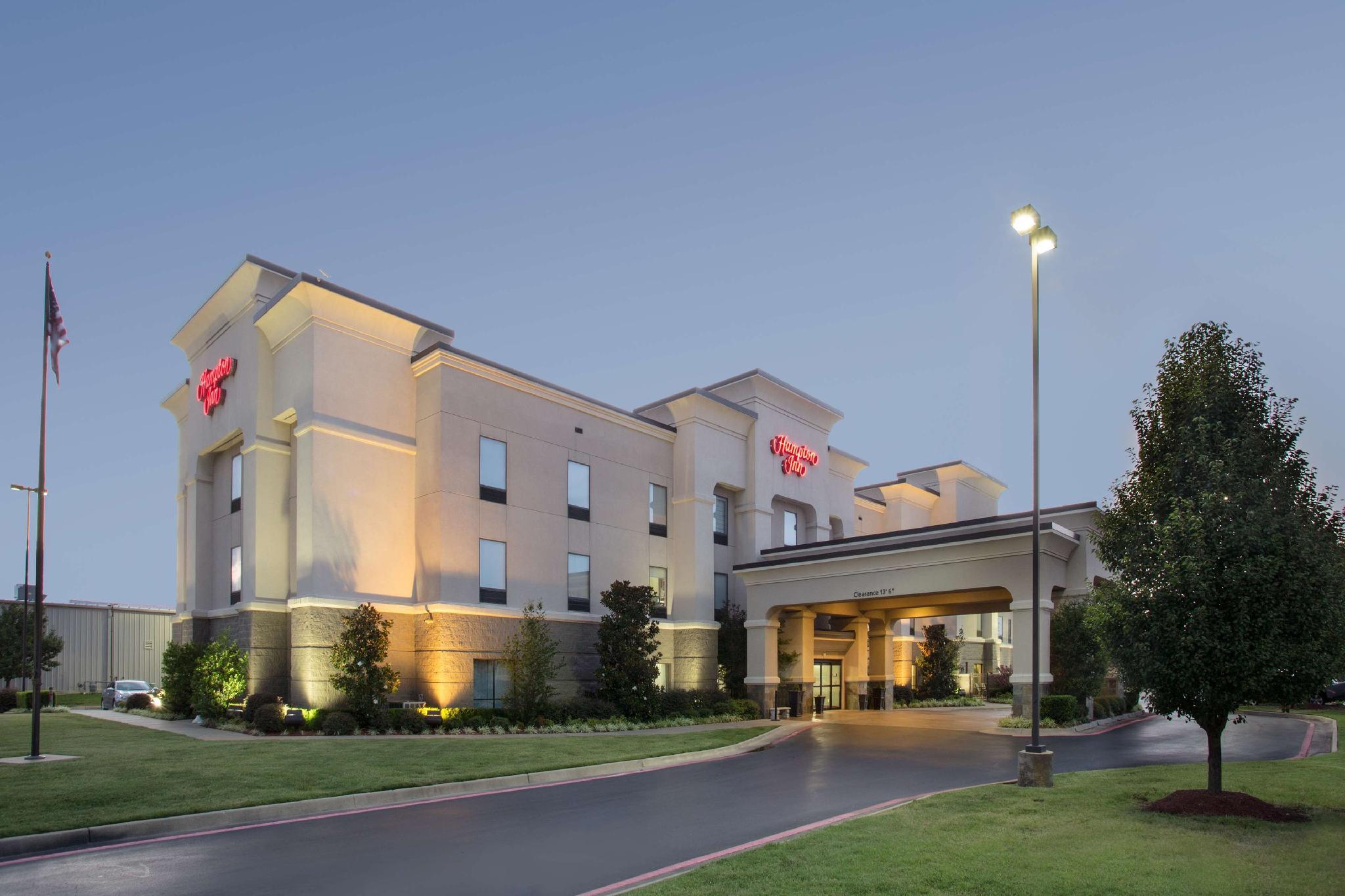 Best Price on Hampton Inn Siloam Springs in Siloam Springs (AR) + ...