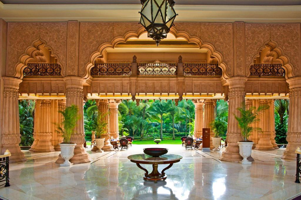 Lobby The Leela Palace Bangalore
