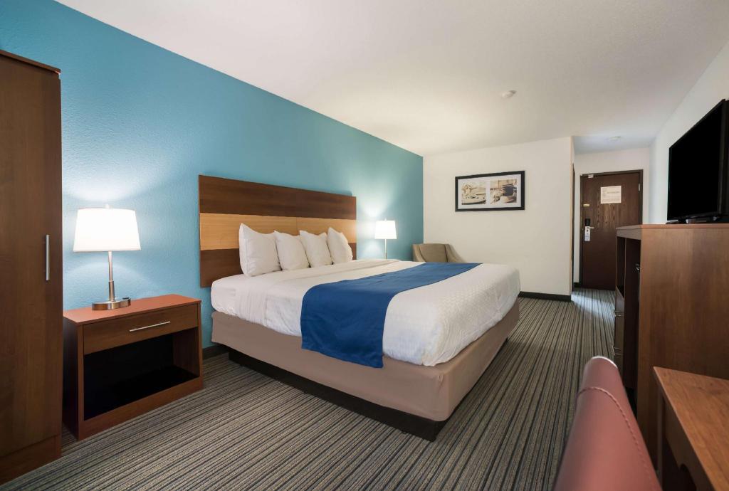 Americas Best Value Inn Effingham Hotel