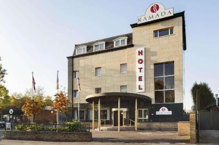 Exterior view Ramada by Wyndham London South Ruislip