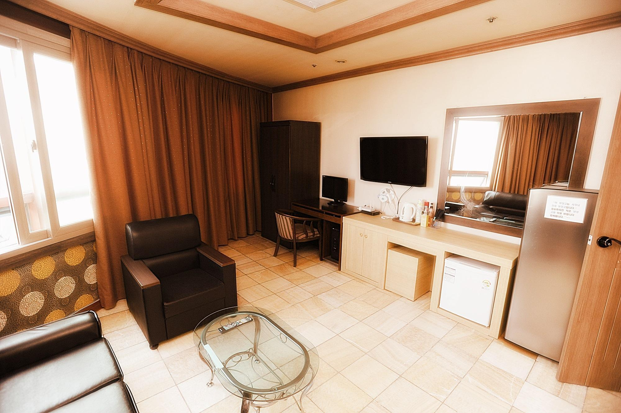 甜蜜双人房 (Sweet Double Room)