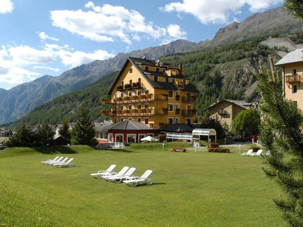 More about Hotel Sant'Orso & Wellness Le Bois