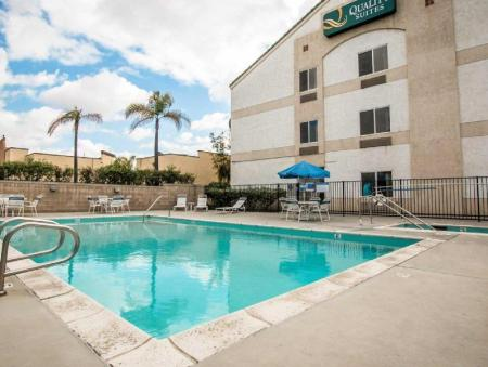 Swimming pool [outdoor] Quality Suites San Diego Otay Mesa