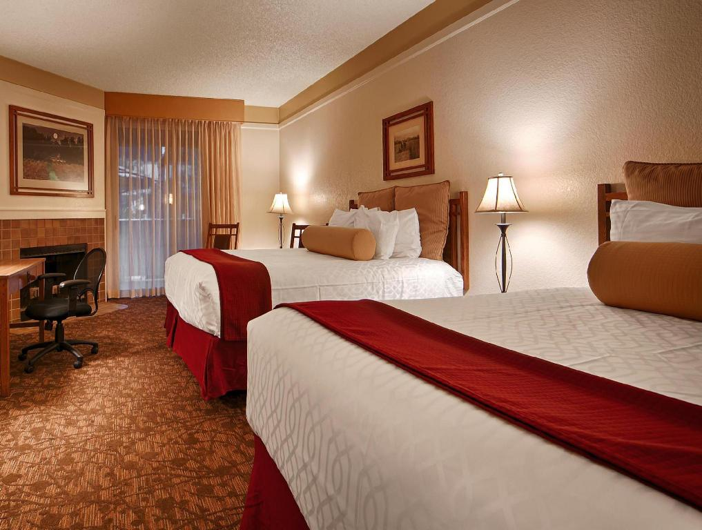 Accessible 2 Queen Beds - Guestroom Best Western Sonoma Valley Inn & Krug Event Center