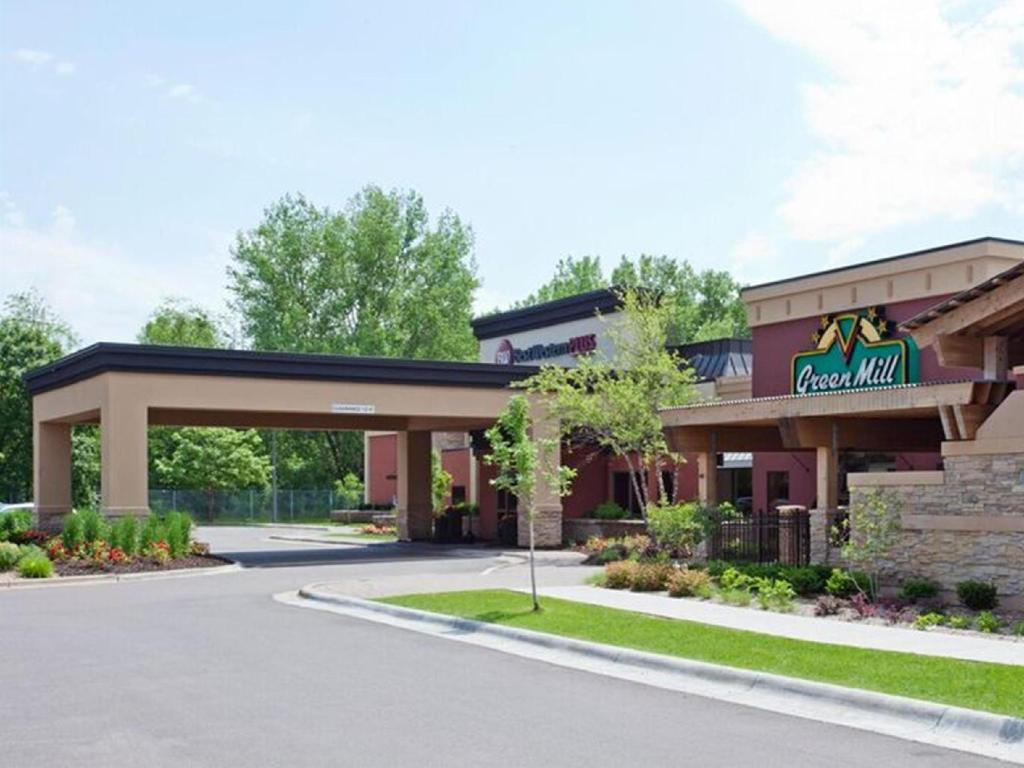 Best Western Plus St. Paul North Shoreview