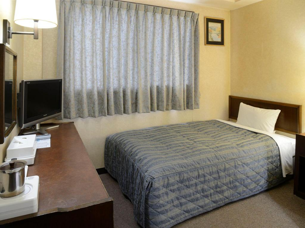 Single Room Non-Smoking - Guestroom Fukuyama Station Inn