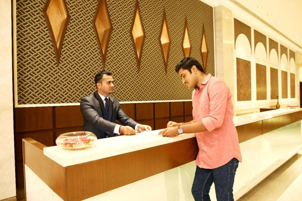 Lobby PR Grand Guindy
