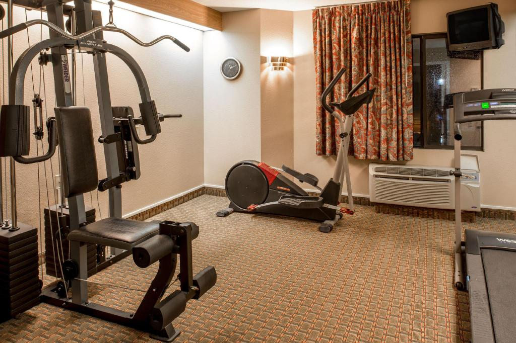 Fitnesa centrs MAGNUSON HOTEL LINCOLN AIRPORT