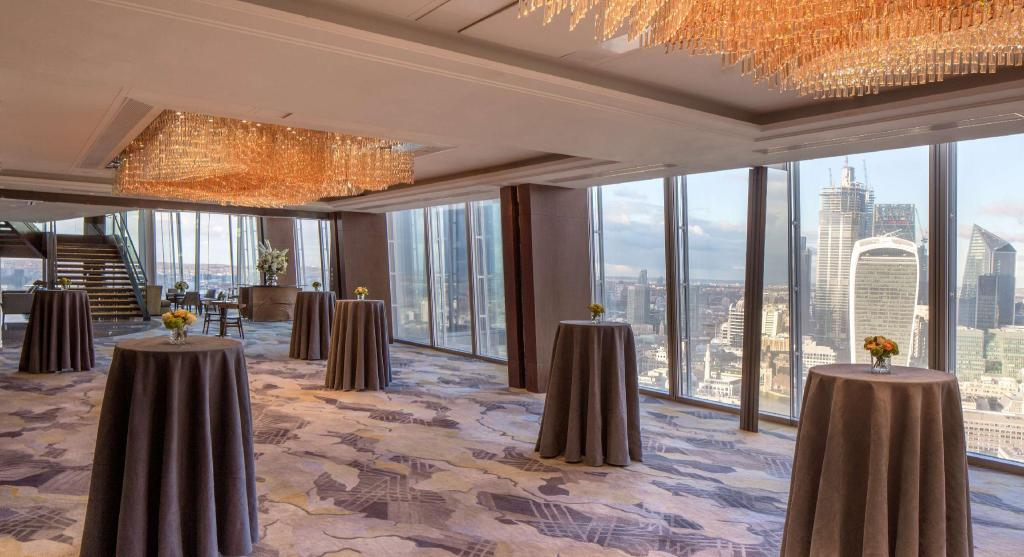 Shangri-La Hotel At The Shard in London - Room Deals, Photos