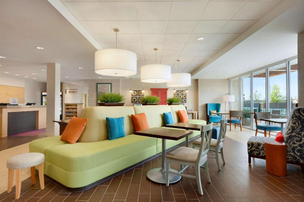Lobby Home2 Suites by Hilton Durham Chapel Hill