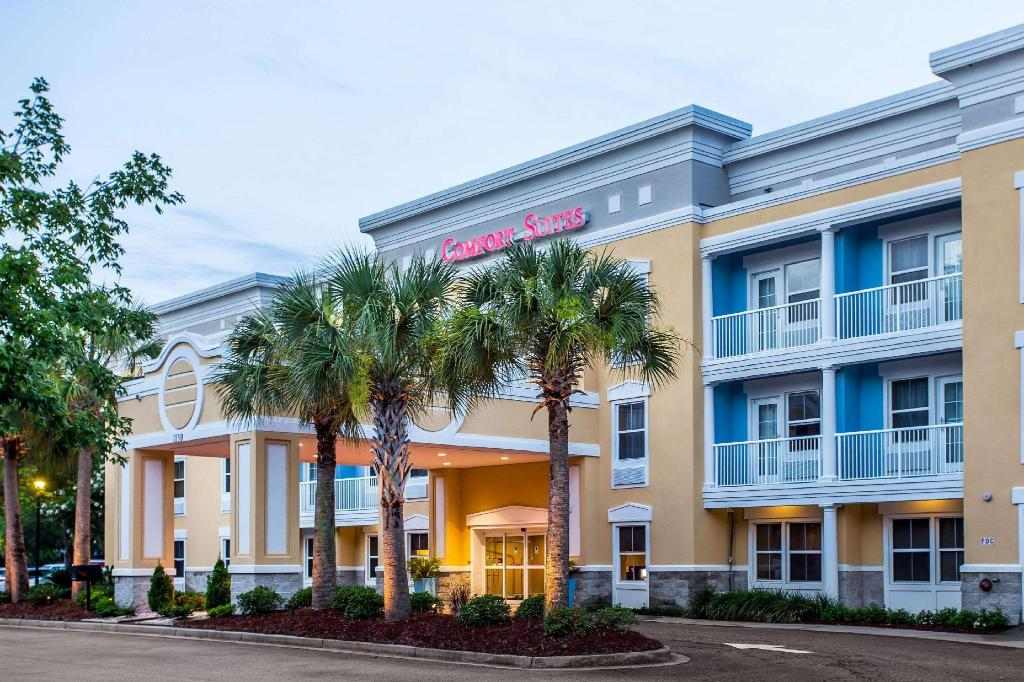 Comfort Suites at Isle of Palms Connector