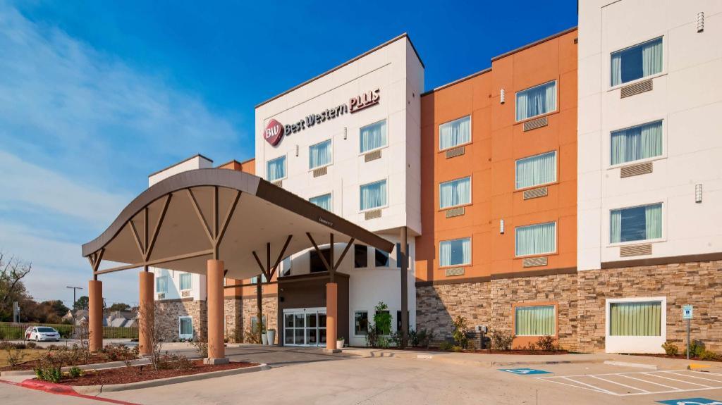 Pleasing Best Western Plus Airport Inn In Shreveport La Room Interior Design Ideas Ghosoteloinfo