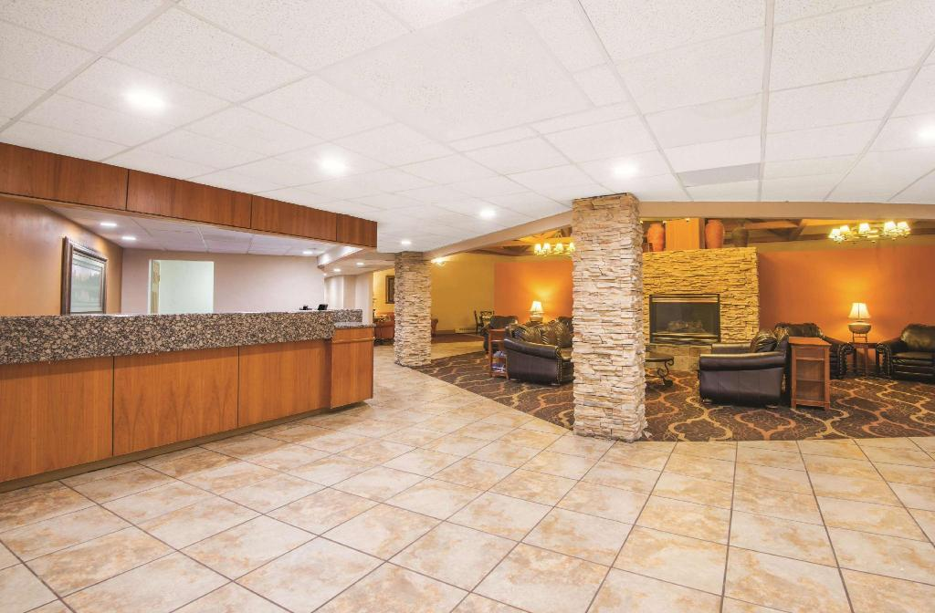 Lobby La Quinta Inn & Suites by Wyndham Silverthorne - Summit Co
