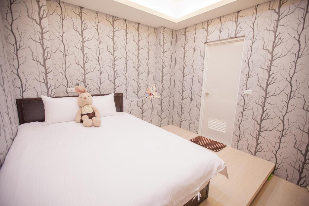 Bed Ejoysleep Double Bedroom-Fengjia Night Market B