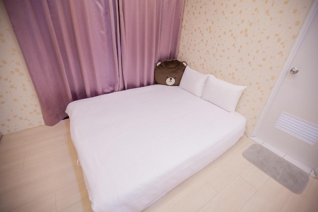 Postel Ejoysleep Quadruple Bedroom-Fengjia Night Market C