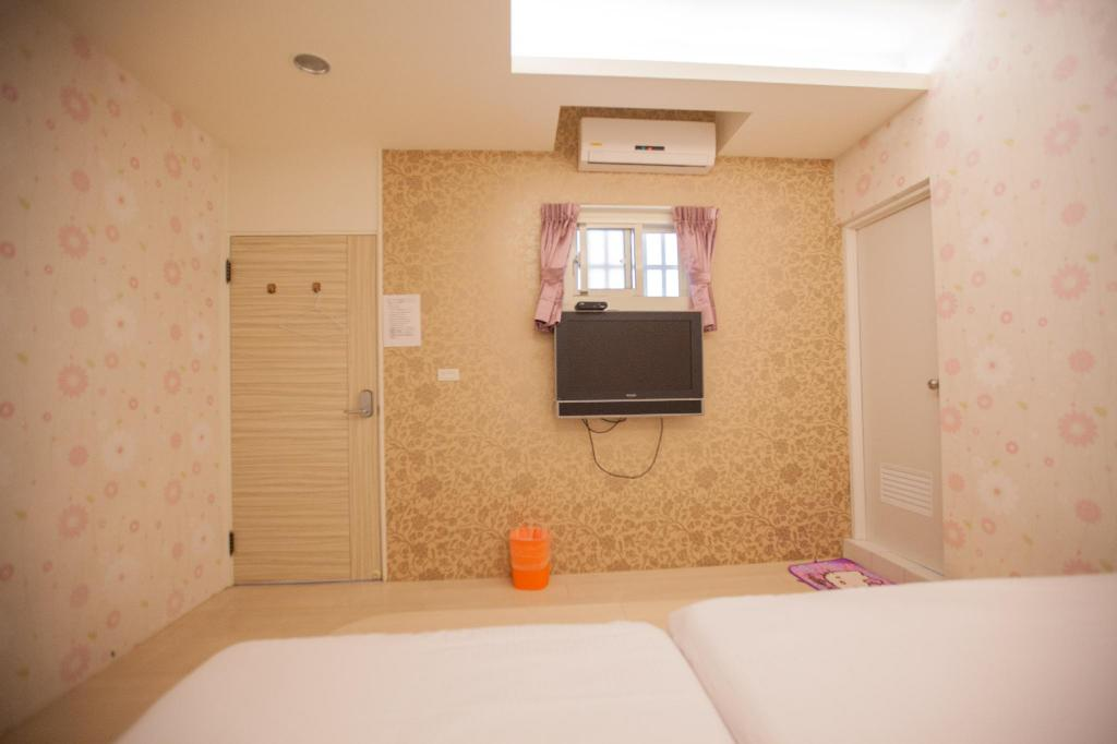 Guestroom Ejoysleep Quadruple Bedroom-Fengjia Night Market E