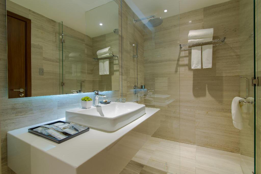 Bathroom Amena Residences and Suites