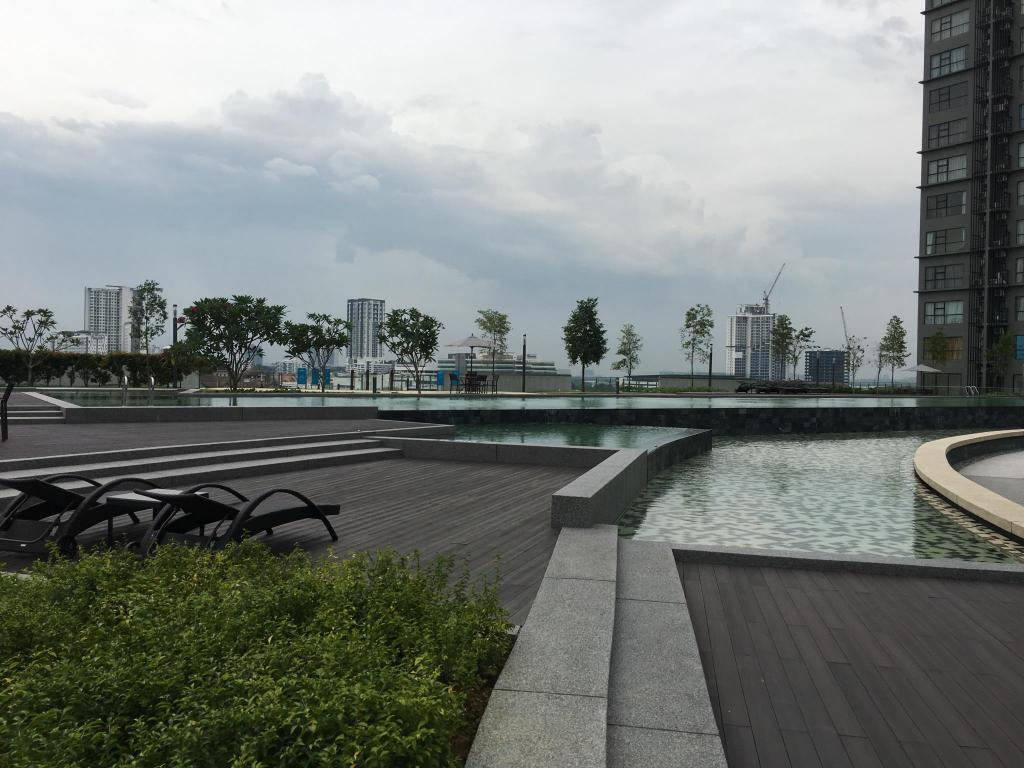 Swimming pool [outdoor] The Hyve Soho Suites at Cyberjaya