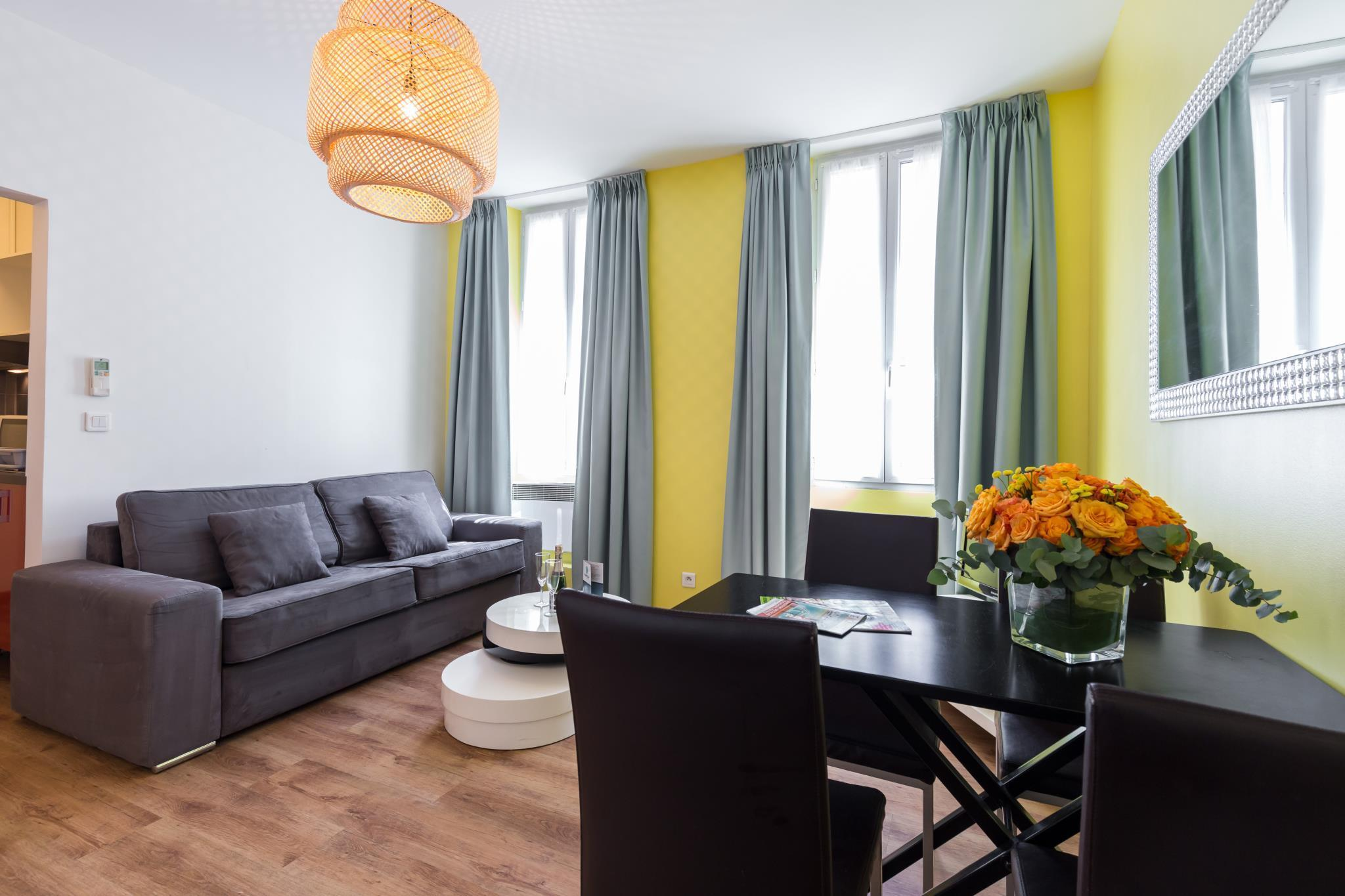 florella clemenceau residence in cannes room deals photos reviews rh agoda com