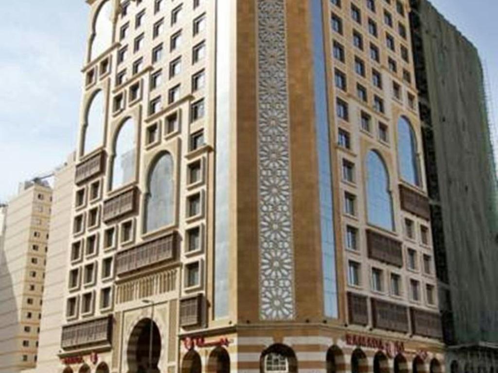 القبلةرامادا باي ويندهام مدينة الحمراء Ramada By Wyndham Madinah Al Hamra المدينة المنورة حجز رخيص فوري مع اجودا