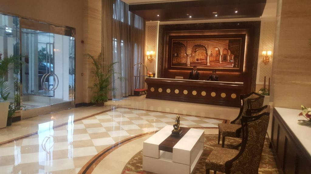 Lobby Golden Galaxy Hotels & Resorts