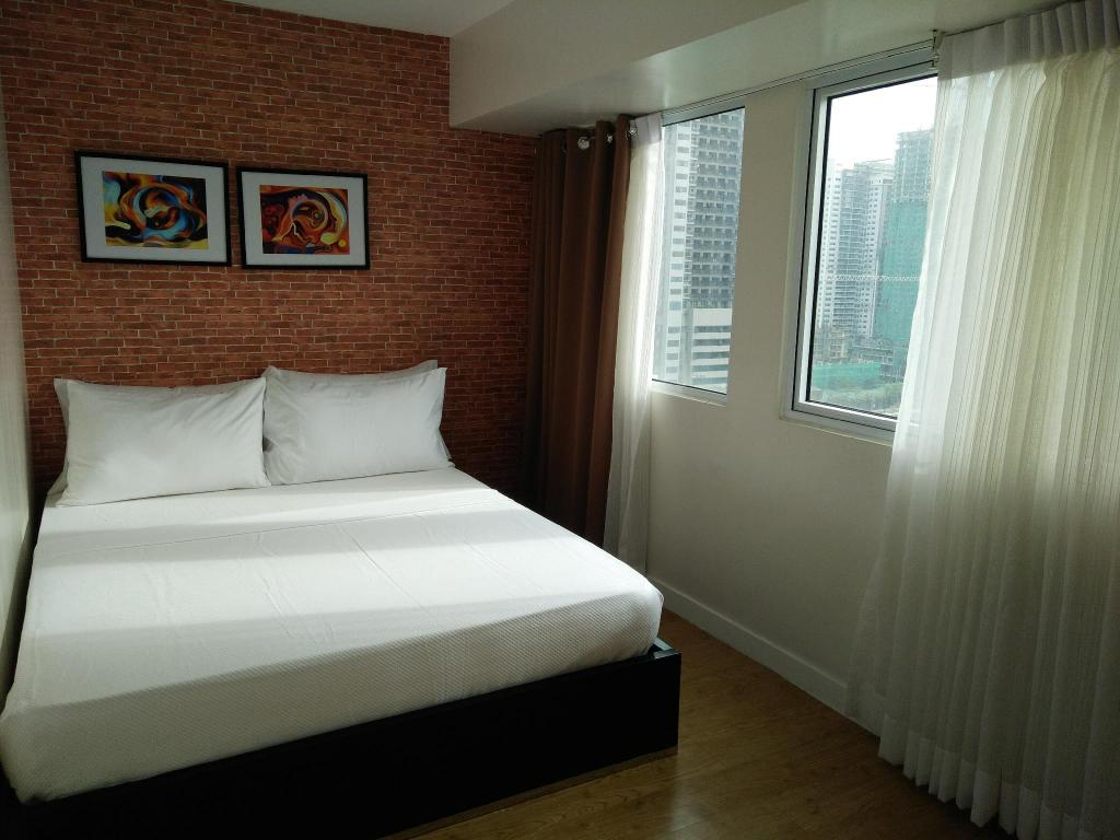 מיטה Fully Furnished 1BR Loft Apartment 1 in BGC