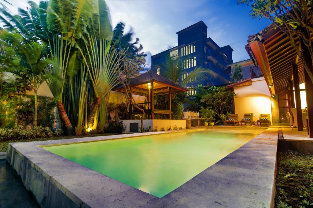 Swimming pool [outdoor] The Mawar Estate