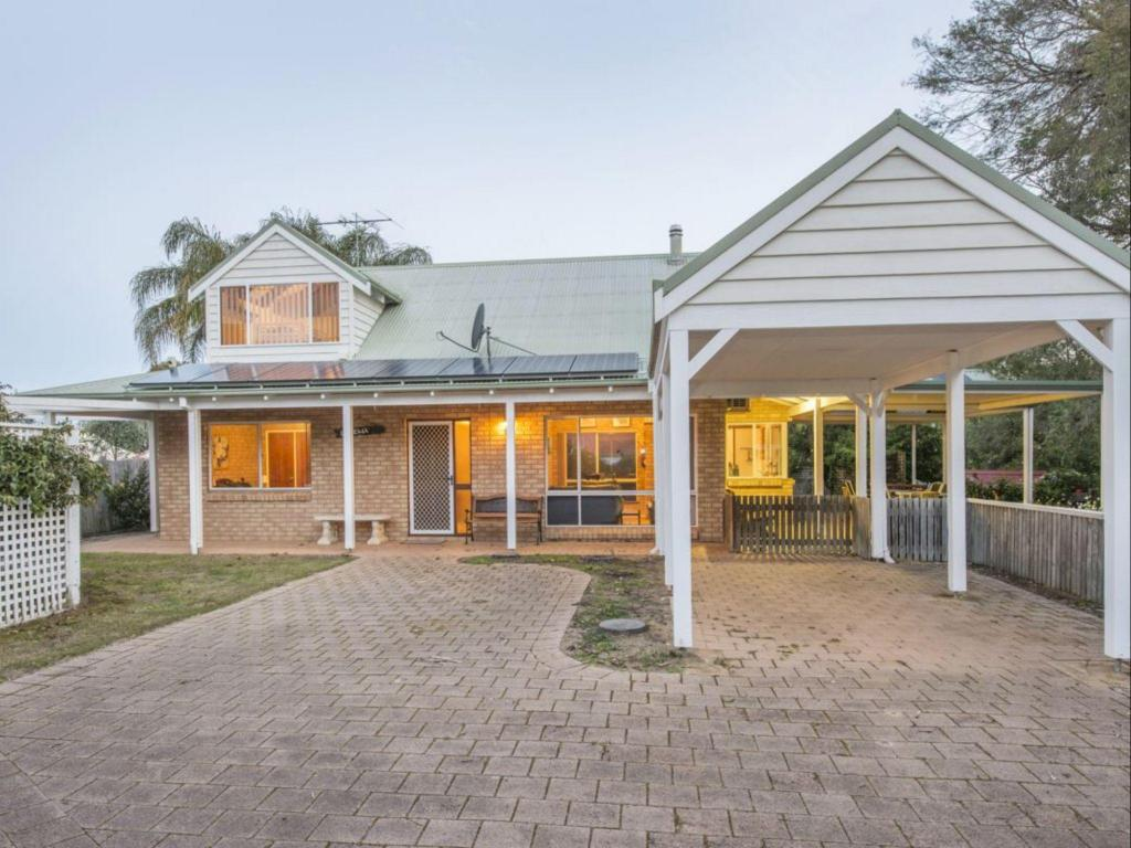 Best Price On Dunsborough Holiday Homes
