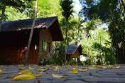 Mae Win Guest House and Resort