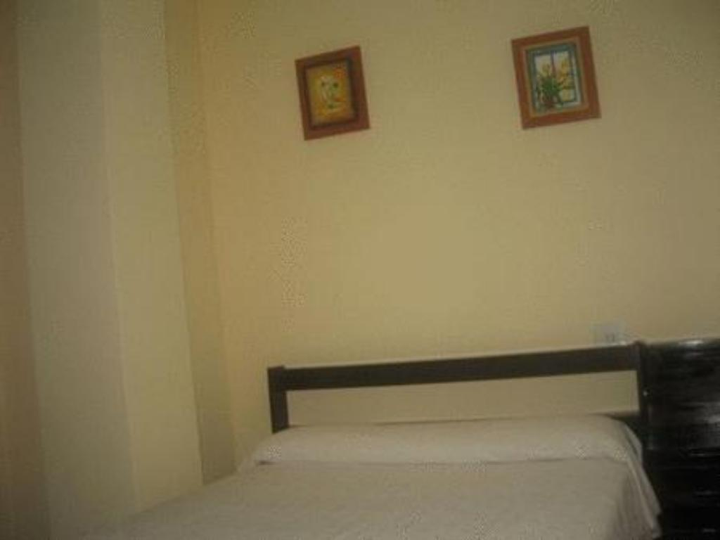 Arjori Rooms Hostal