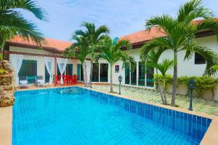 Majestic Villas Cosy Beach Pattaya
