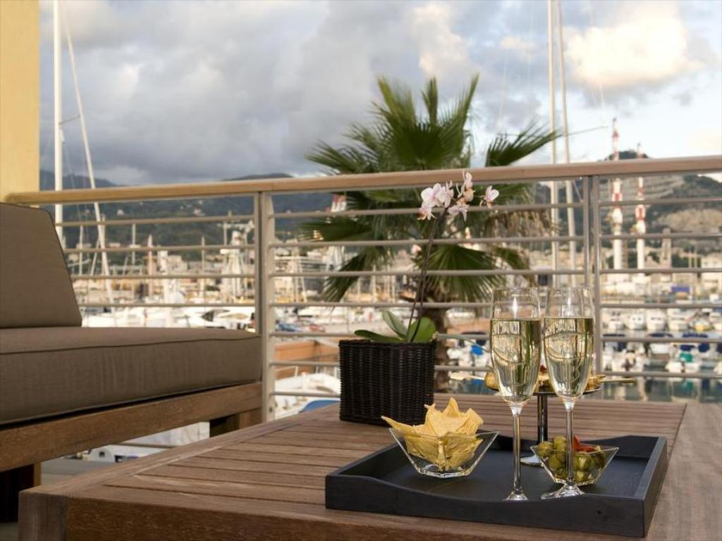 Mini Table A Langer marina place resort | sestri ponente 2020 updated deals $92