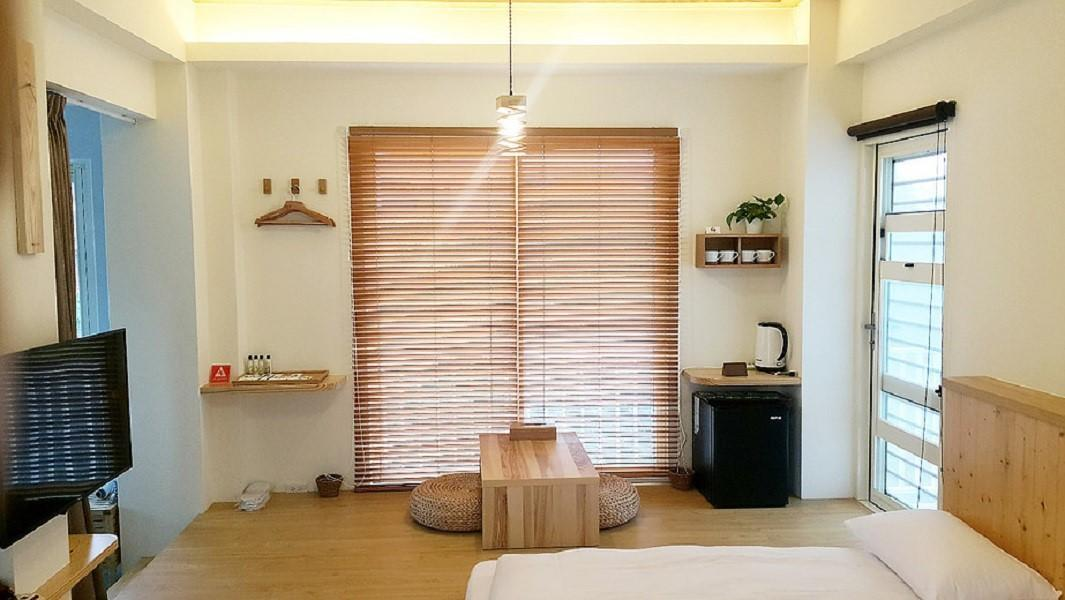 榻榻米园景房 (Tatami Room with Garden View)