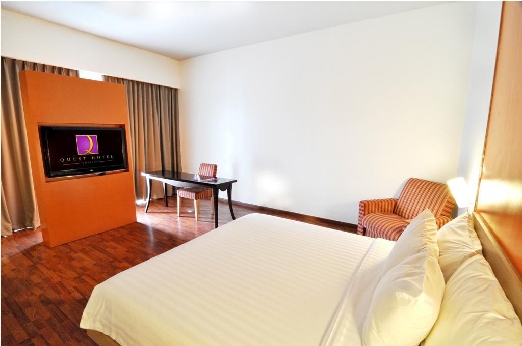 Quest Hotel Simpang Lima Semarang By Aston In Indonesia Room Deals Photos Reviews