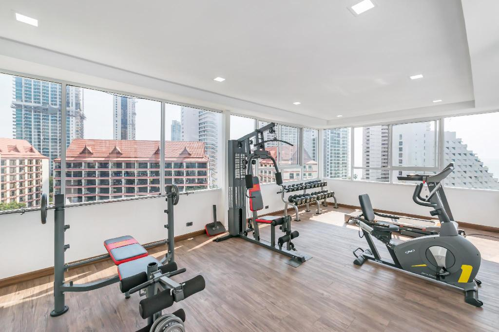 fitness centrum Serenity Wongamart By Favstay