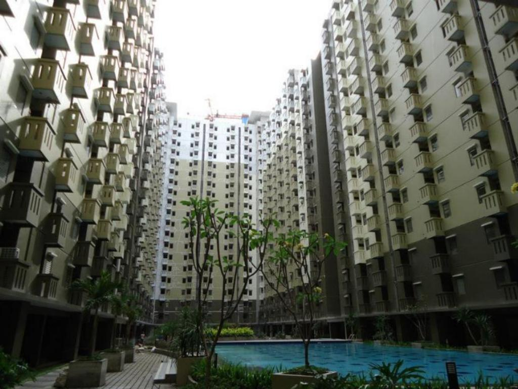 2 BR 8 atGateway Cicadas Apartment - Irong