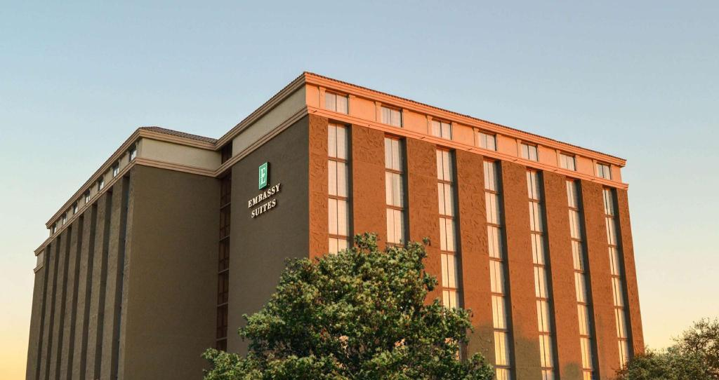 Embassy Suites Austin Central Hotel