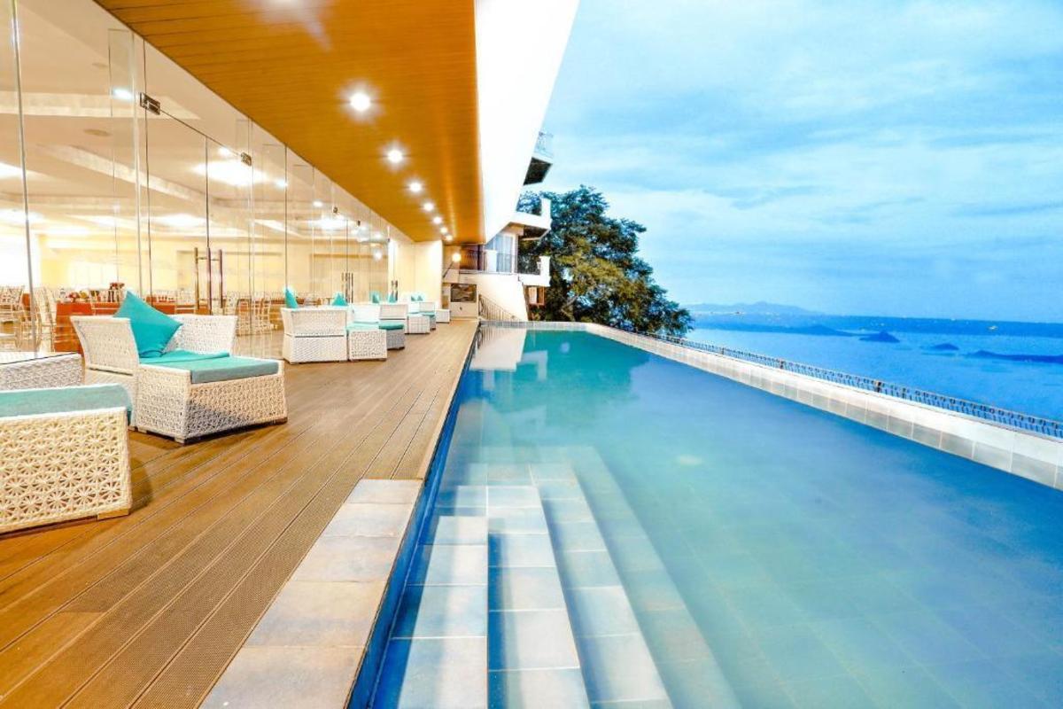 The Lake Hotel Tagaytay Booking Agoda Com Best Price Guarantee