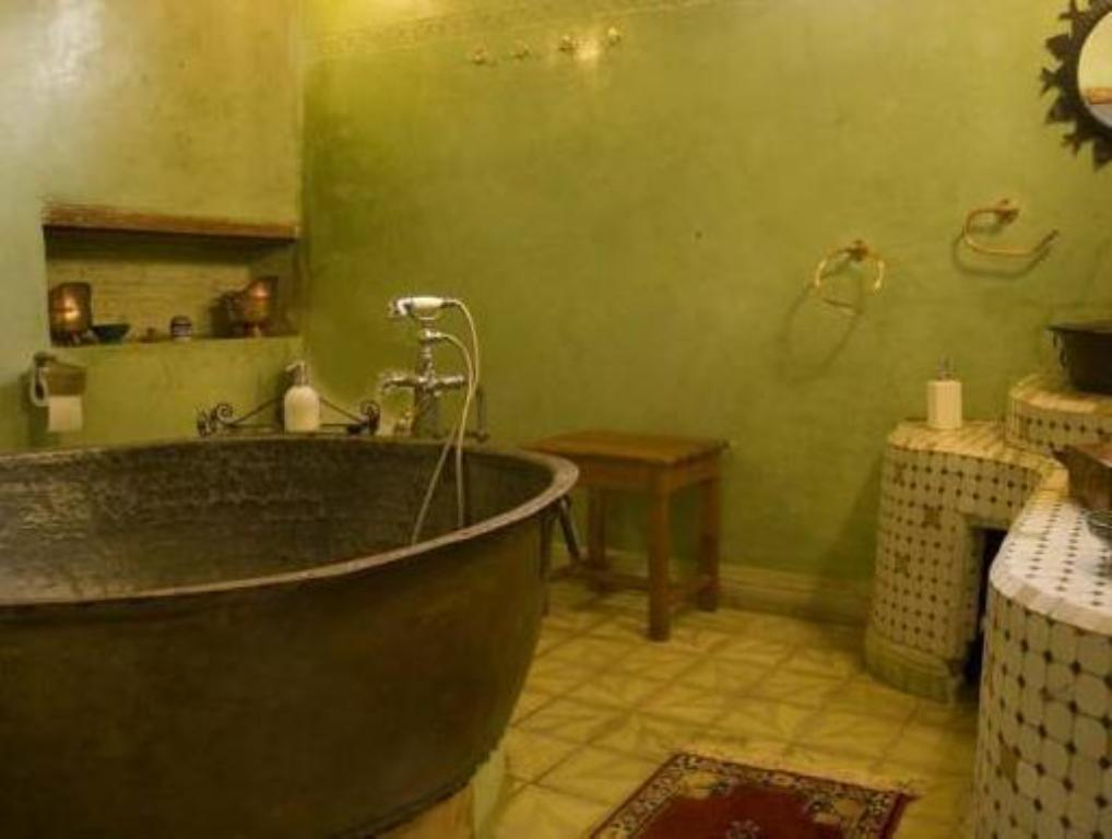 Bathroom Riad Al Bartal