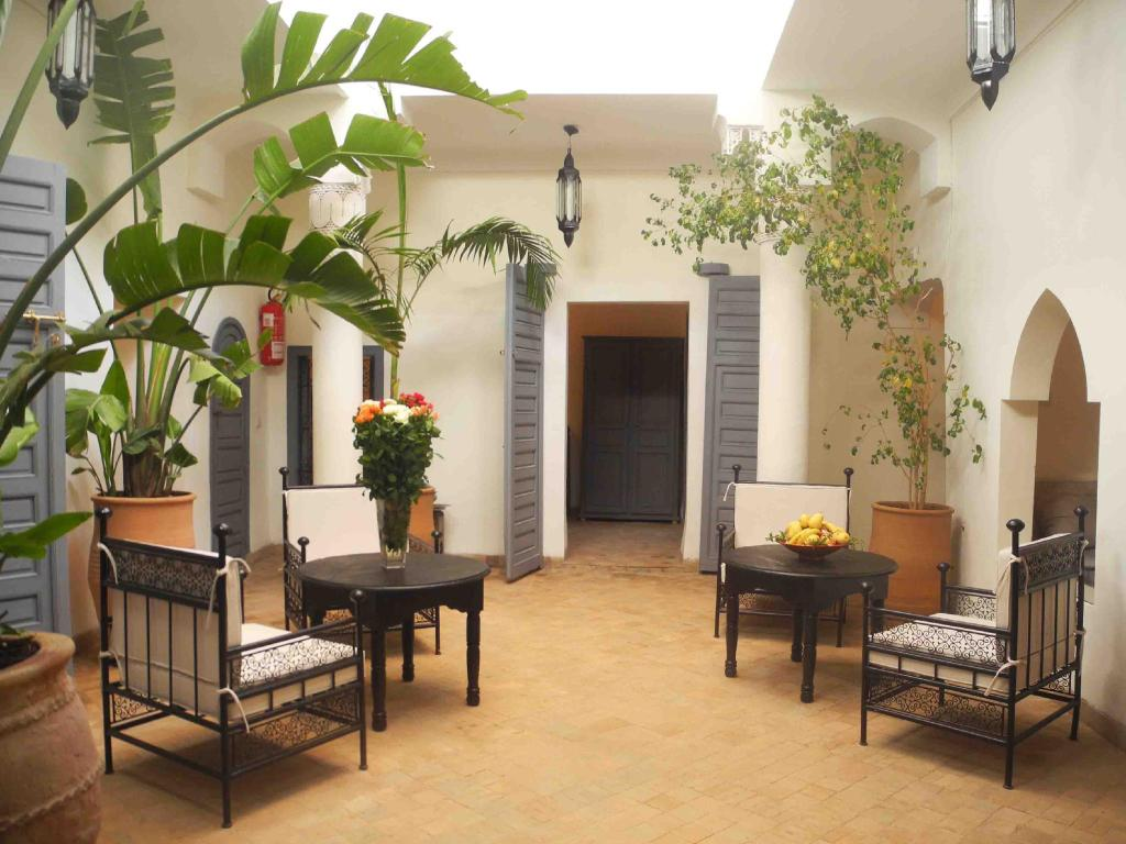 More about Riad Linda