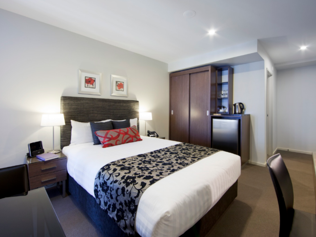 Guest Room - Guestroom Adina Serviced Apartments Canberra, Dickson