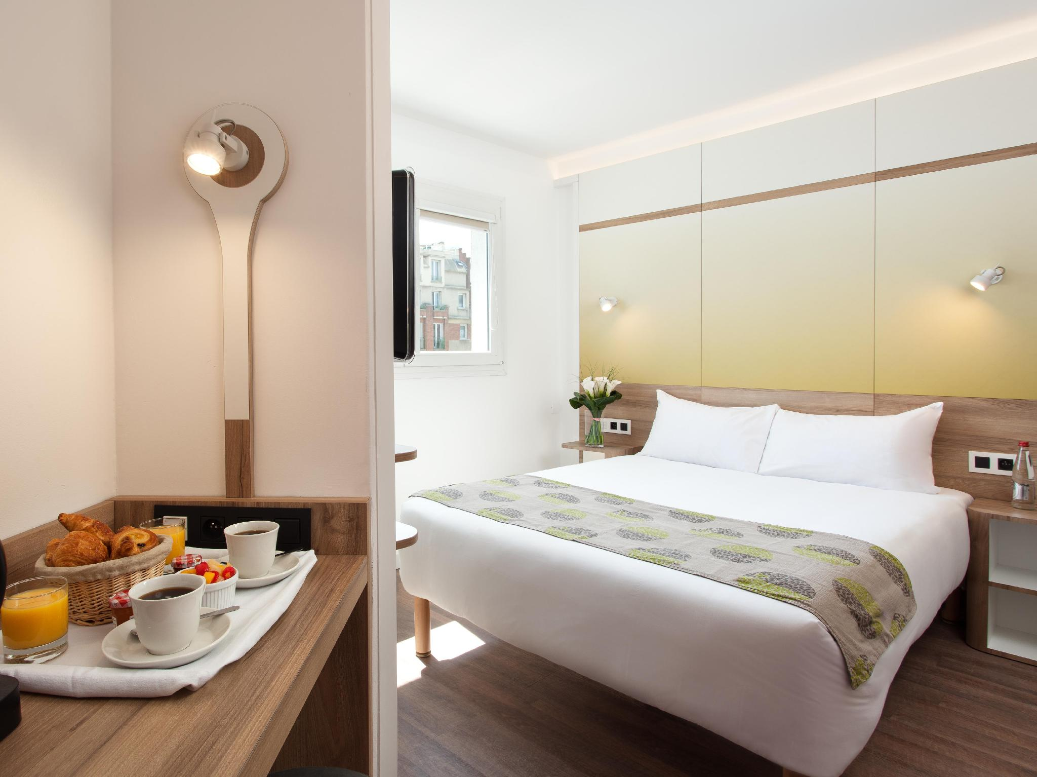 Best price on median paris porte de versailles hotel in paris reviews - Hotel median porte de versailles ...