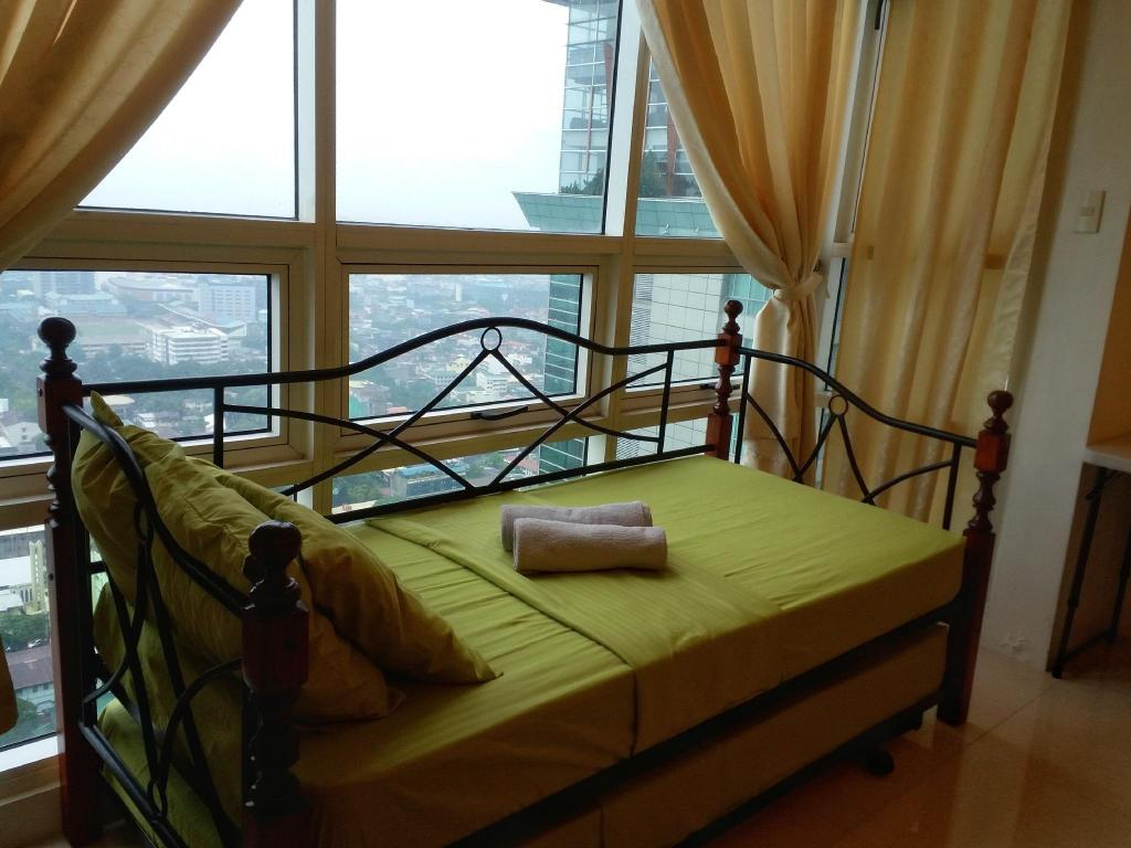 Studio with Sea View - View City Lofts in Cebu
